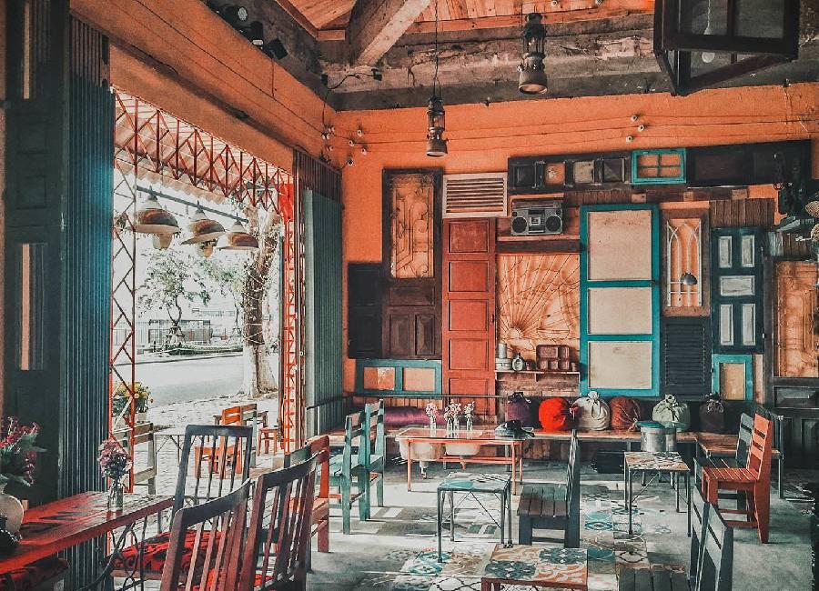 mẫu thiết kế quán cà phê phong cách retro